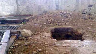 تصویر پاکسازی مرقد حجر بن عدی از تروریست های تکفیری