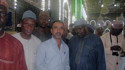 تصویر آستان قدس حسینی میزبان 35 مستبصر از نیجریه
