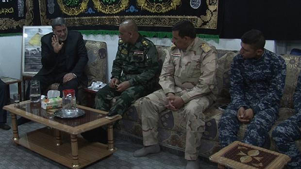 تصویر دیدار گروهی از فرماندهی عملیات آمرلی با مسئولین دفتر مرجعیت