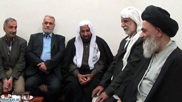 تصویر دیدار جمعی از شیعیان بحرین با آیت الله العظمی شیرازی