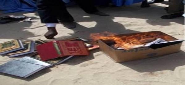 تصویر تغییر مذهب چندین خانواده اردنی و فلسطینی به مذهب حقه تشیع