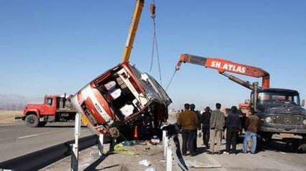 تصویر واژگونی اتوبوس حامل زائران کربلا در استان کردستان ایران