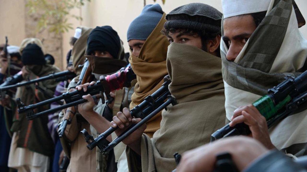 تصویر انهدام یک شبکه عضو گیری داعش در اسپانیا