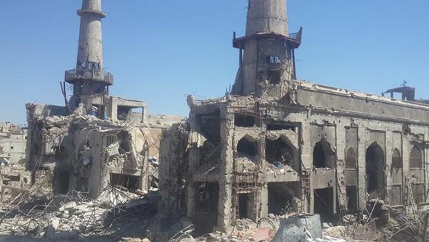 تصویر حمله گروههاي تروريستي به حرم حضرت سكينه سلام الله عليها