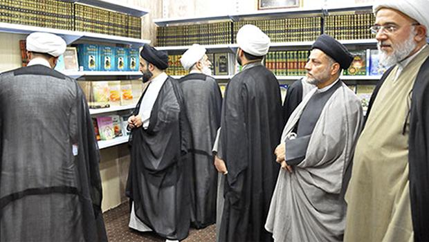 تصویر افتتاح کتابخانه امام حسین علیه السلام در کربلای معلی