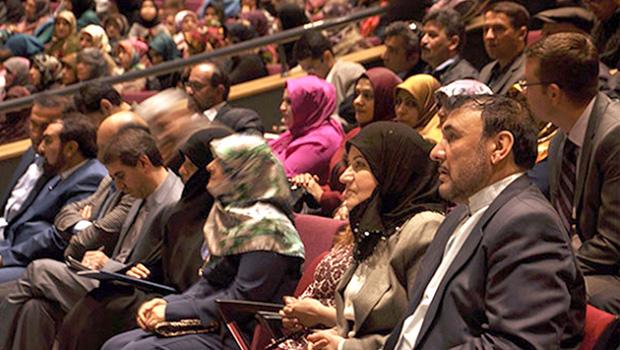 """تصویر برپايى كنفرانس """"شناخت ابعاد شخصيت حضرت زهرا سلام الله عليها"""" در تركيه"""
