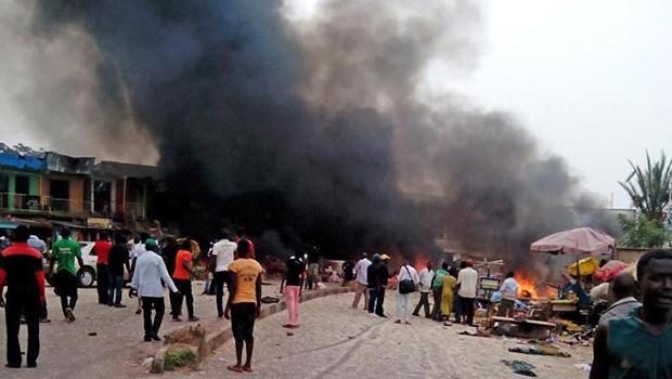 تصویر انفجار تروریستی و کشتار نمازگزاران در مسجدی در نیجریه