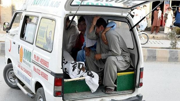 تصویر شهادت پنج شیعه پاکستانی به دست تروریست های سپاه صحابه