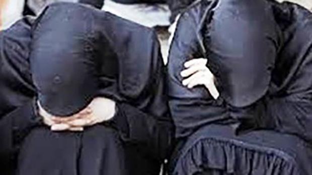 تصویر زنان اسیر ، جایزه ی برندگان مسابقه ی داعش