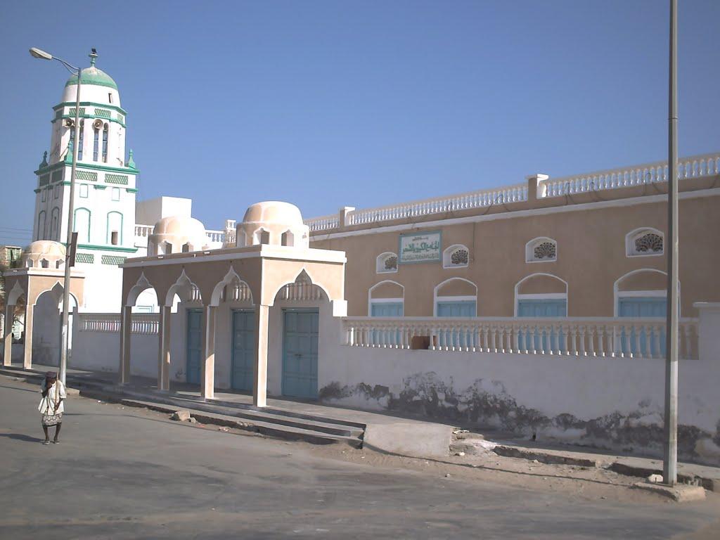 تصویر تصمیم القاعده برای نابودی آرامگاه های مشهور در المکلای یمن