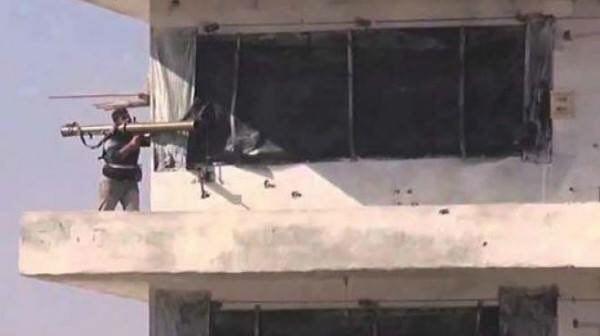 تصویر حمله هم زمان داعش به پايگاههاي ارتش مصر در صحراي سينا