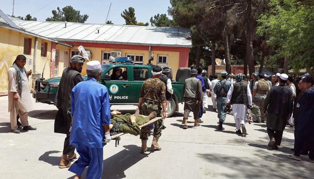 تصویر انفجار تروریستی در مركز ولايت فارياب افغانستان