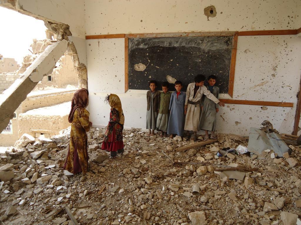 تصویر فراهم کردن فرصت آموزشى برای کودکان یمنی