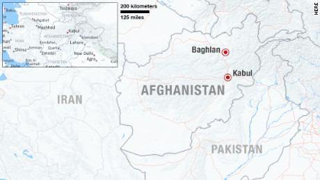 تصویر افراد مسلح ۵ مسجد را در «بغلان» افغانستان به آتش کشیدند