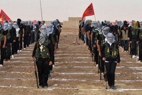 تصویر کردهای سوری خواستار موضع شفاف ائتلاف ضد داعش درقبال حملات ترکیه شدند