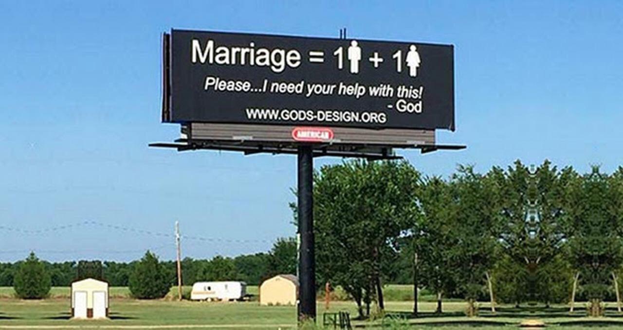 تصویر نصب هزار بیلبورد در نفی همجنس گرایی، در آمریکا