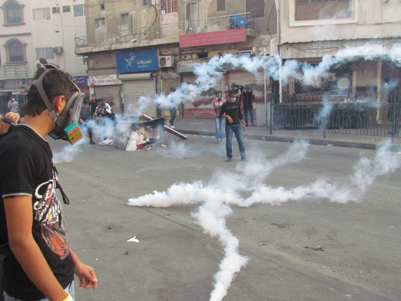 تصویر اعتراض شیعه رايتس واچ ، به نقض حقوق شیعیان در بحرین