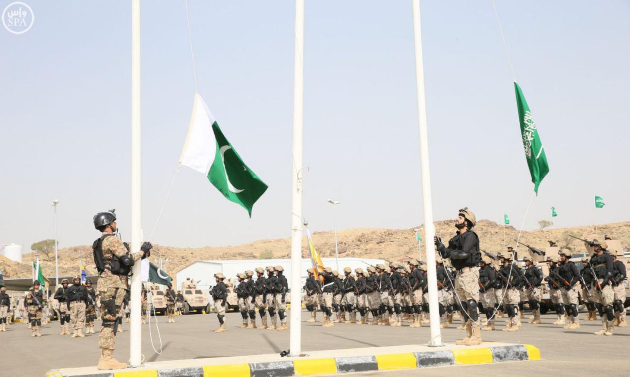 تصویر تاکید پاکستان بر گسترش روابط نظامى با عربستان