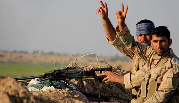 تصویر نابودی ستون خودروهای داعش در شمال فلوجه