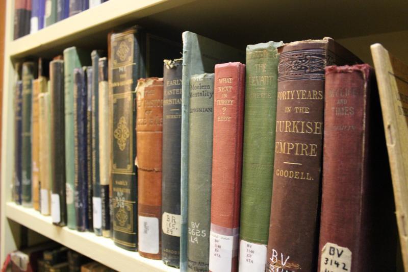 تصویر نخستین کتابخانه تخصصی اسلامی در «مولن» فرانسه افتتاح شد
