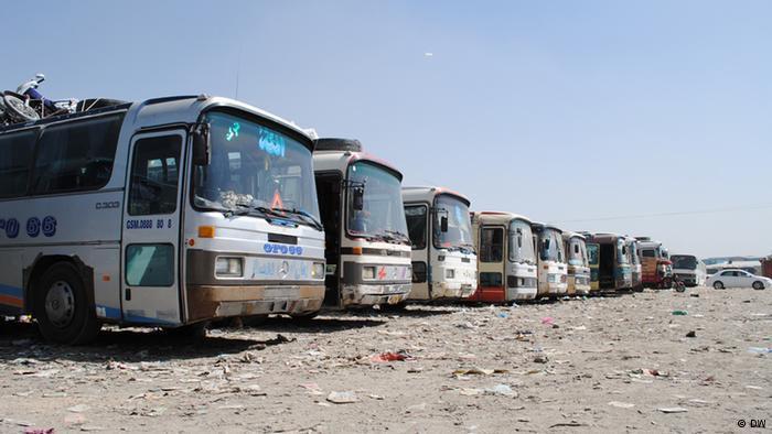 تصویر ربوده شدن صدها مسافر، در نزدیکی پایگاه ارتش افغانستان