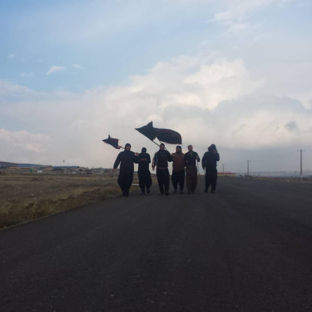 تصویر گزارش تصویری _ قدم به قدم تا بهشت (آغاز پياده روى هاى اربعين از كشورهاى همجوار عراق)