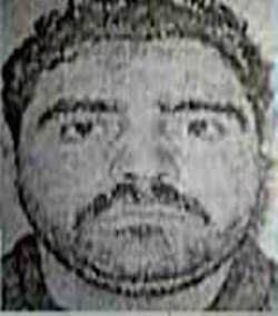 تصویر بازداشت تروریست تکفیری خطرناک، هنگام فرار به عراق؛ در فرودگاه بیروت