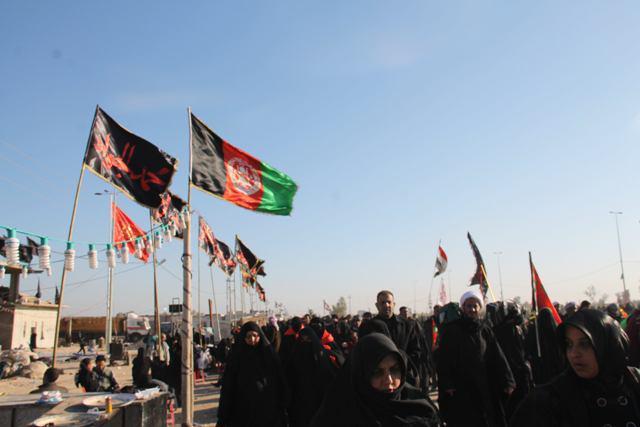 تصویر ورود اتباع افغانى از ايران وبرخى ديگر از كشورها به عراق جهت شركت در زيارت اربعين