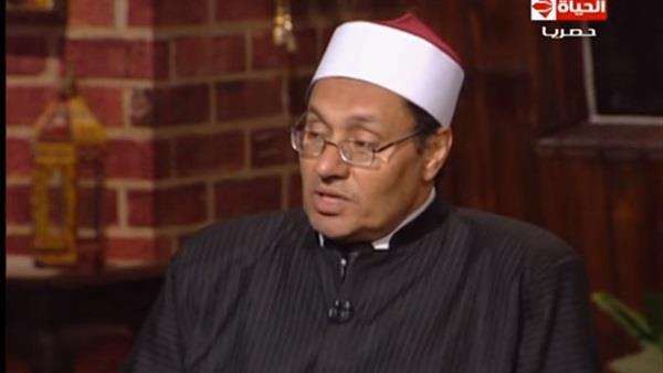 تصویر ادعای عجیب مفتی الازهر مصر درباره حکم مشروب در قرآن کریم
