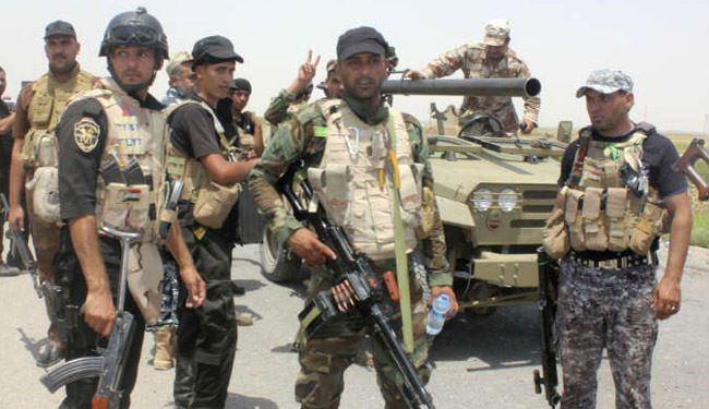 تصویر بازداشت 30 داعشیِ مخفیشده در رمادی