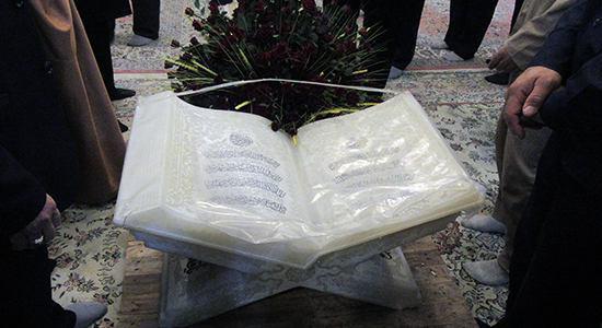 تصویر رونمایی از «نور سفید» در حرم حضرت معصومه سلام الله علیها