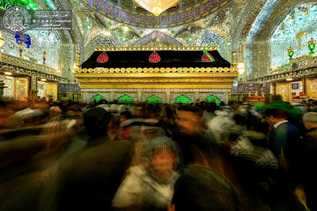 تصویر گزارش تصویری ـ حضور میلیونی شیعیان عزادار  به مناسبت شهادت حضرت زهرا سلام الله علیها در حرم مطهر امیر المومنین علیه السلام