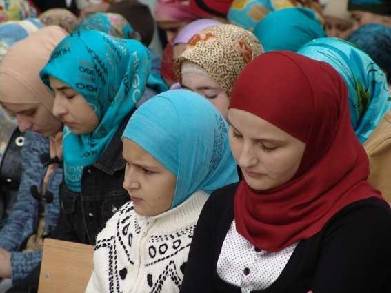 تصویر حزب افراطى آلمانی به دنبال ممنوعیت اذان، برقع و برخی شعائر اسلامی در این کشور