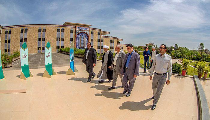 تصویر آغاز سومین جشنواره فرهنگی «نسیم کربلا» در پاکستان