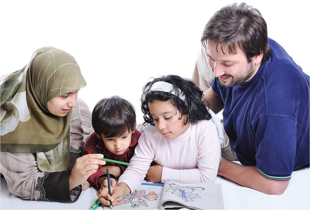تصویر مؤسسه آمریکایی پیو: مذهبیها خانواده دوست و شادتر هستند