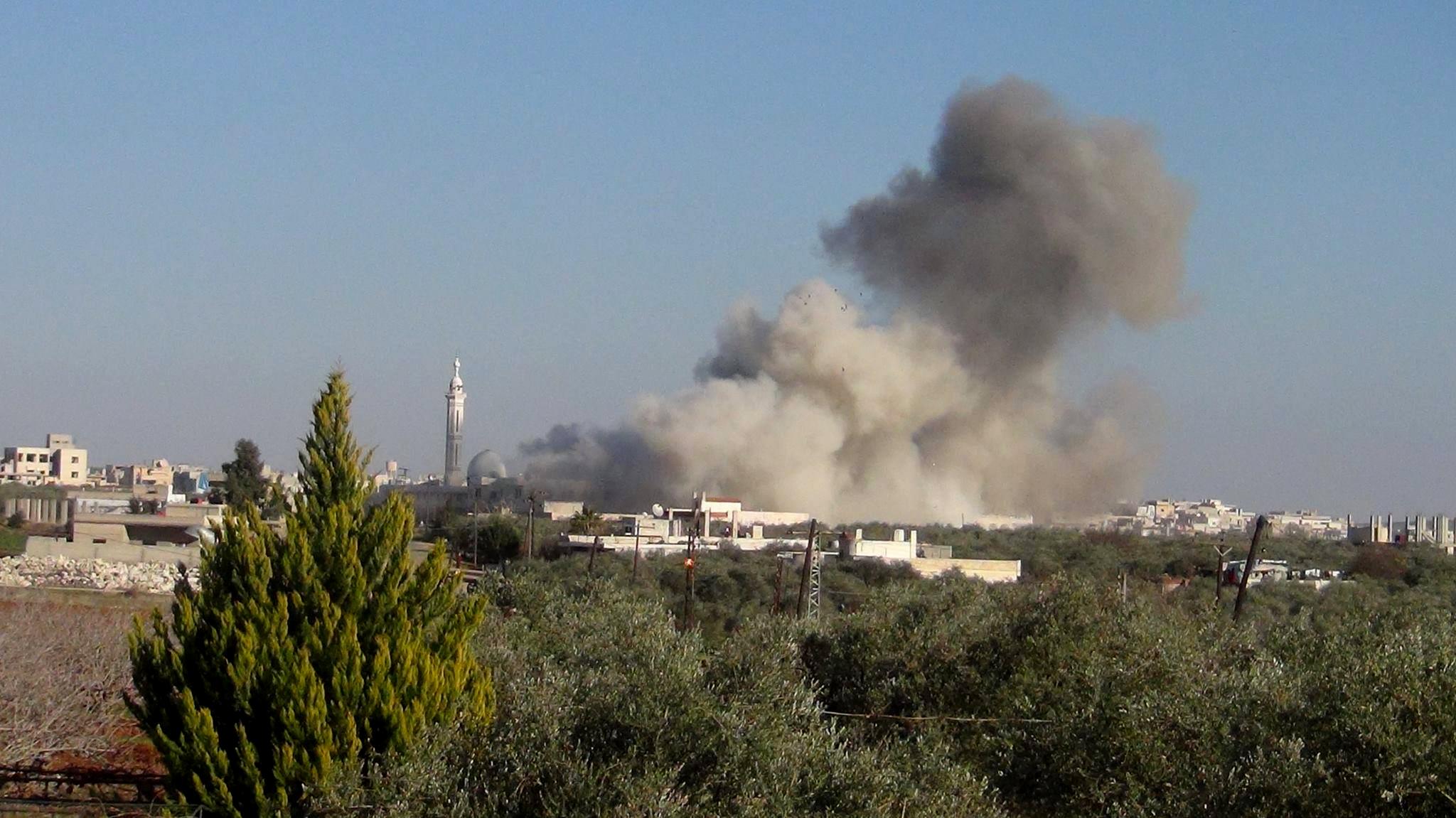 تصویر حمله خونبار موشكى تروریست ها به شهرهای  الزهرا وحلب در سوريه