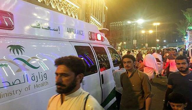 تصویر وقوع حادثه بر اثر ازدحام جمعيت در اطراف مسجد الحرام