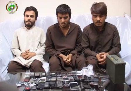 تصویر دستگيرى يك باند تروريستى و انهدام مرکز ساخت بمب طالبان در افغانستان