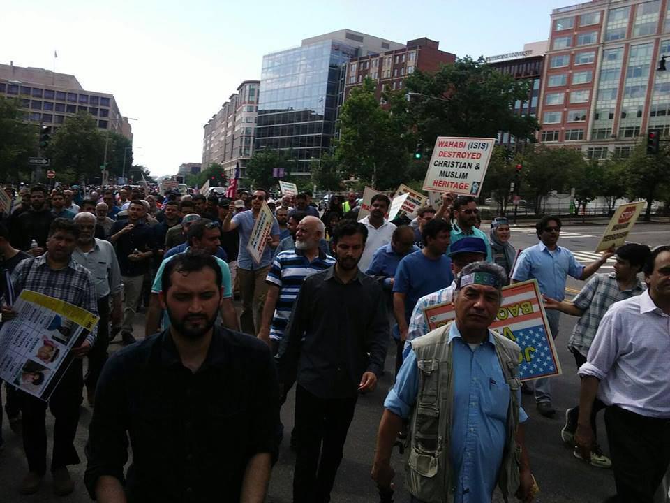 تصویر گزارش تصویری : راهپیمایی اعتراض آمیز شیعیان در واشنگتن در اعتراض به تخریب قبرستان بقیع