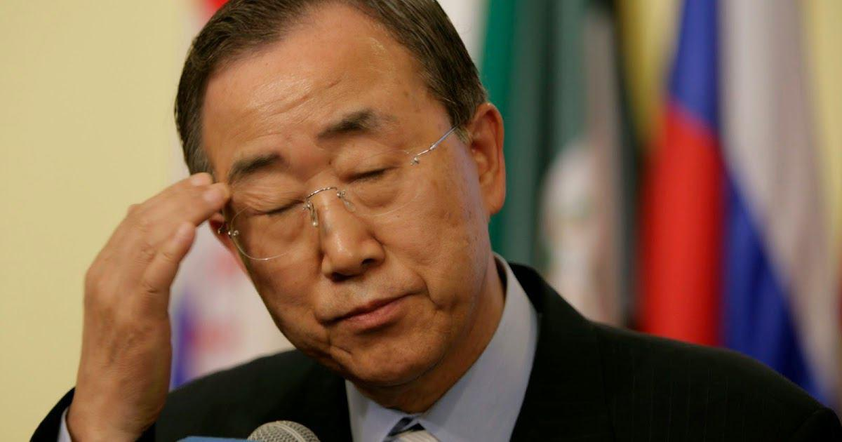 تصویر بان کی مون خروج قطعی ائتلاف عربستان از فهرست ناقضان حقوق کودکان را اعلام کرد