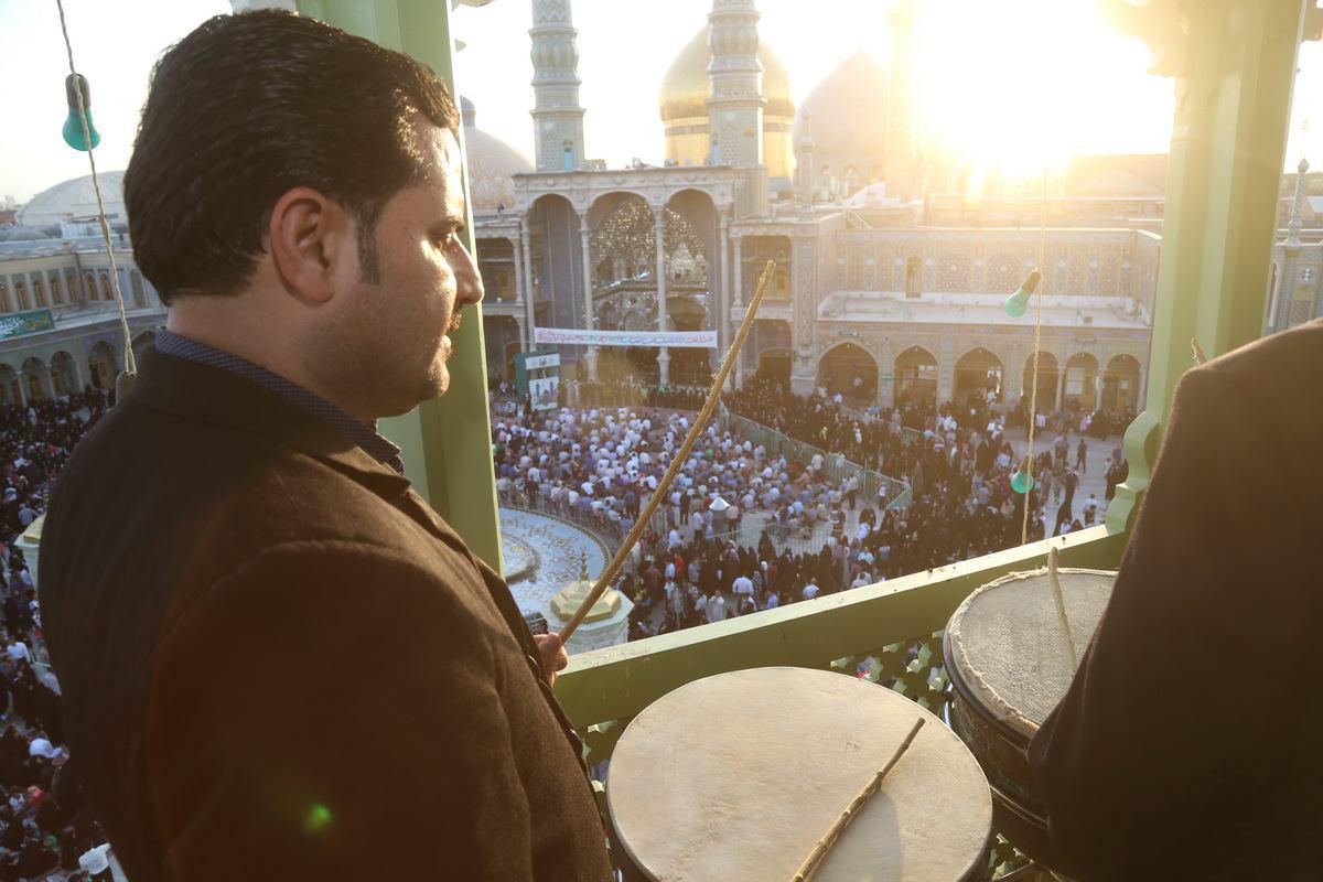 تصویر گزارش تصویری ـ نقاره زنی در حرم حضرت فاطمه معصومه سلام الله علیها شهر مقدس قم ـ ایران
