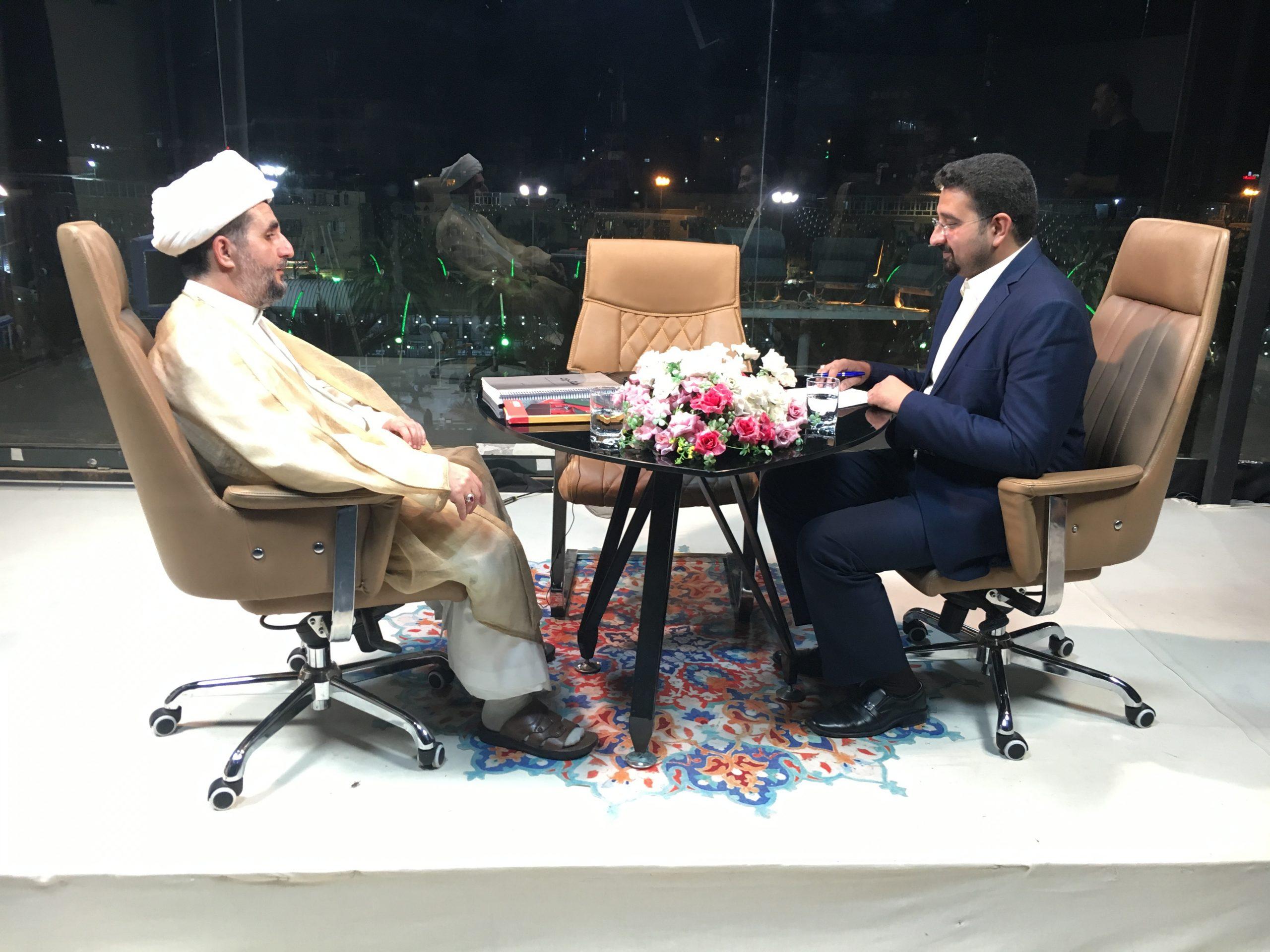 تصویر دعوت به مناظره، در برنامه زنده شبكه جهانى امام حسين عليه السلام