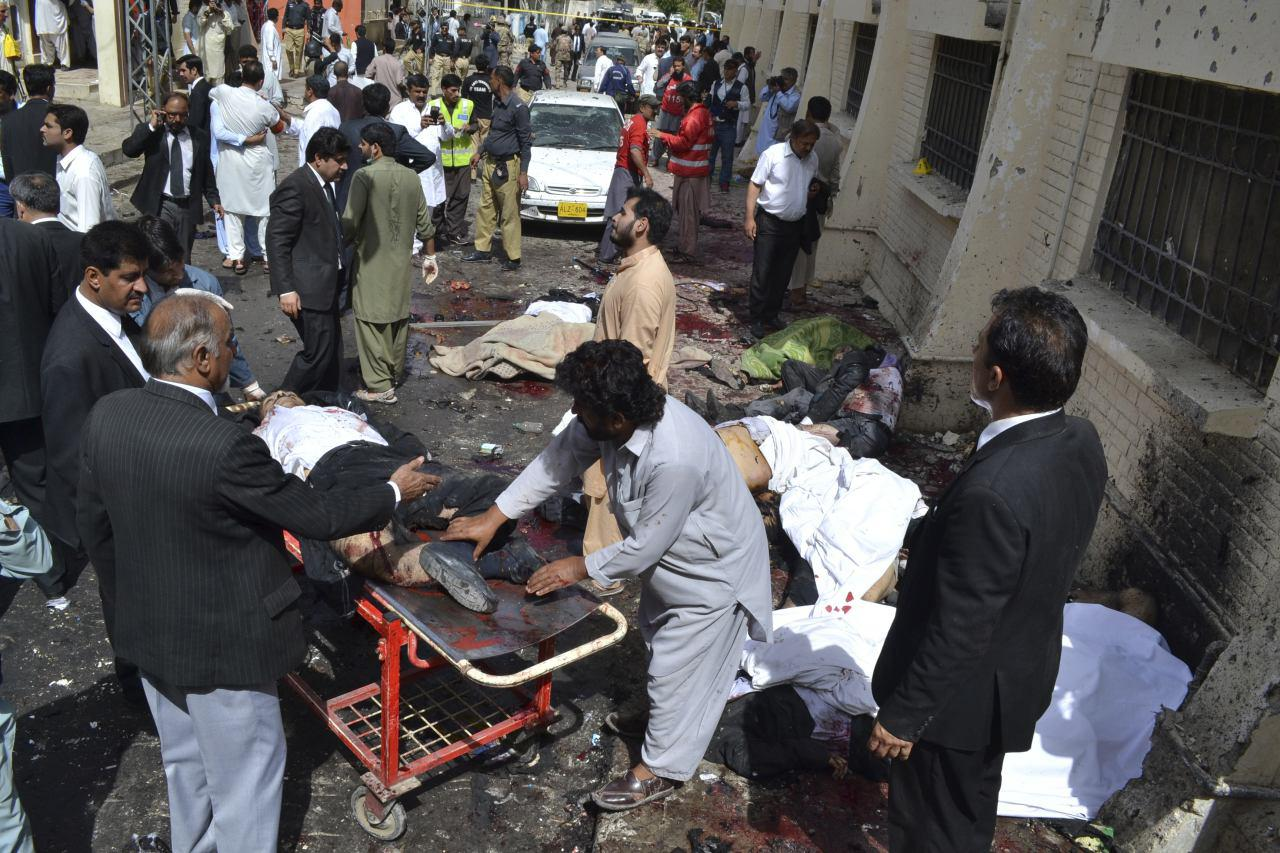 تصویر افزايش تعداد شهدای انفجار کویته پاكستان