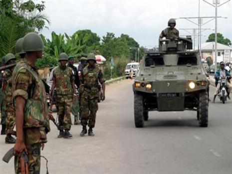 تصویر دستگیری دو سرکرده ارشد بوکوحرام در نیجریه