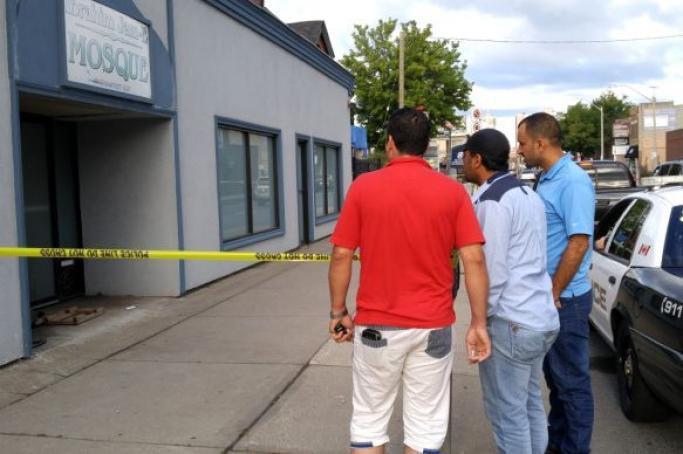 تصویر دستگيرى عامل آتشسوزی عمدی در مسجد «همیلتون» کانادا