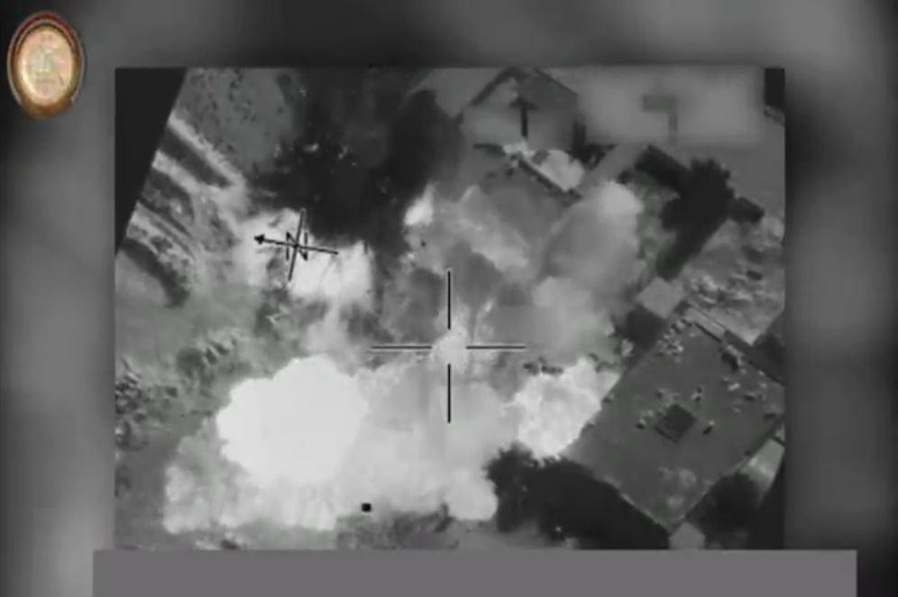 تصویر انهدم کارگاه ساخت بمب داعش در موصل عراق