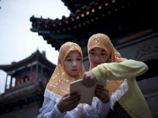 تصویر ممانعت دولت چین از ترغیب کودکان به دین