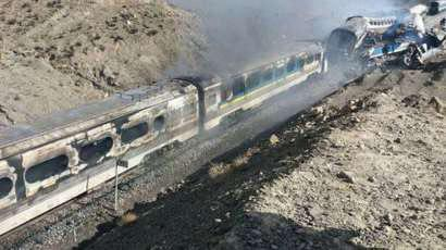 تصویر بيش از صد كشته و زخمى در برخورد دو قطار مسافربرى در ايران