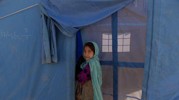 تصویر نیم میلیون افغان در سال 2016 آواره شده اند