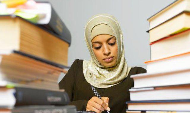 تصویر مرکل خواستار ممنوعیت حجاب چهره در آلمان شد